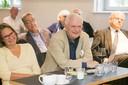 """(<a class=""""download"""" href=""""https://www.ugb.uni-bonn.de/de/veranstaltungen/vergangene-veranstaltungen/bilder-ugb-praesentiert-alumni-auf-der-couch-2016/Alumni5.jpg/at_download/image"""">Download</a>)"""
